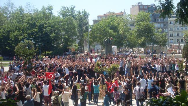 386672_Gezi-Park-protest