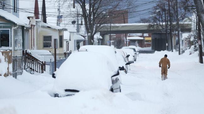 386864_us-snowstorm