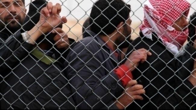 387286_Syria-refugees-Greece