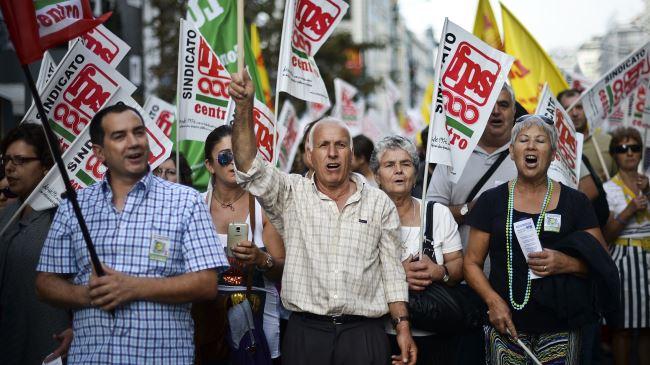 387512_Portugal-Lisbon-protest