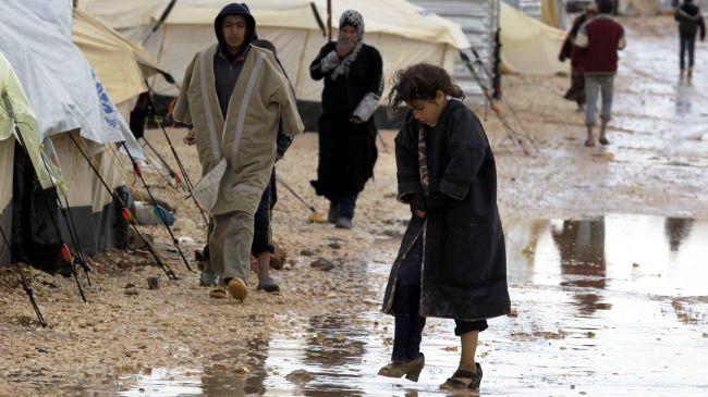 387700_Syria-refugees