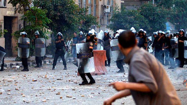 388099_Egypt-clash-protest