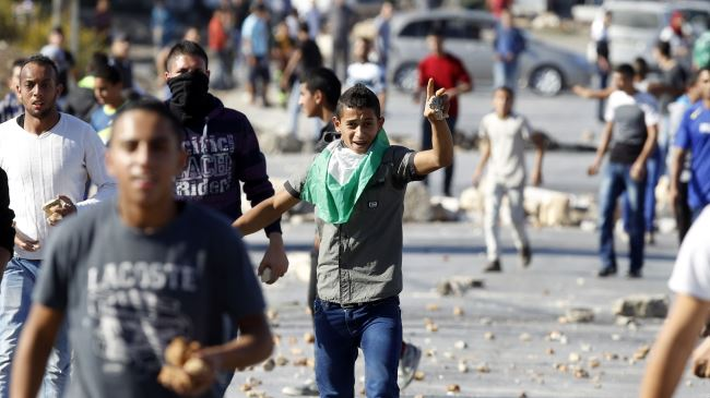 388108_Palestinian-youths