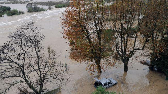388158_France-flood