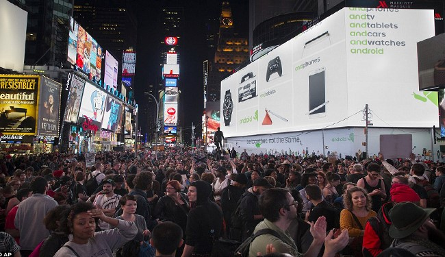Ferguson Protests Spread Across 90 US Cities