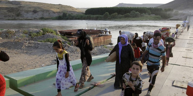 ISIL Cut Throats of Babies; Killed Over 100 Kids in One Yazidi Village