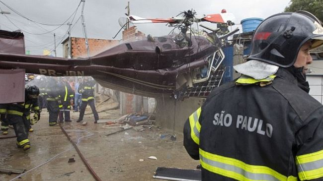 Photo of Helicopter crash kills 5 in southeastern Brazil