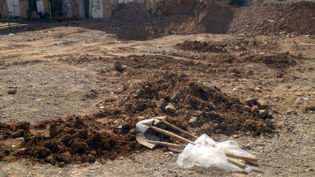 Photo of Nine mass graves discovered in Iraq's Sinjar