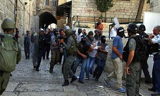 Photo of Terrorist israeli Settlers Storm Al-Aqsa Compound on Hanukkah