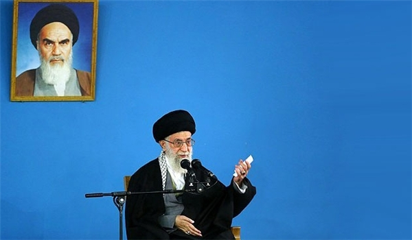 Photo of Supreme Leader of Islamic Ummah and Oppressed Imam Khamanei Stresses End of Dependence on Oil Revenues