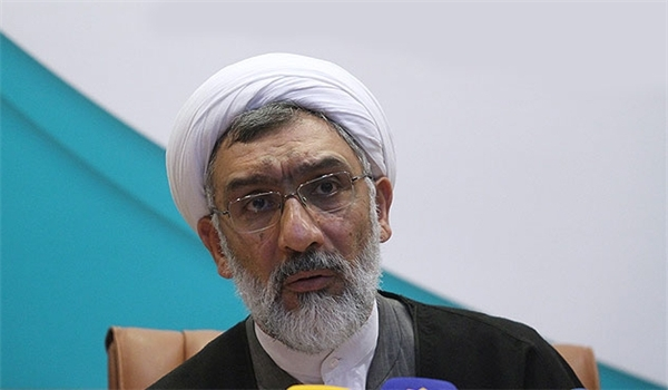 Photo of Iranian Minister Sees Decreasing Oil Prices as Suicidal Act by West's Regional Allies