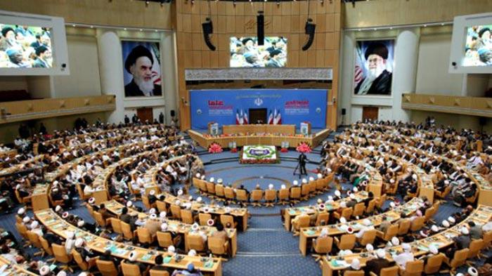 Dr-Hussain-Qadri-visits-Iran-Awakening-Islam-conference_03