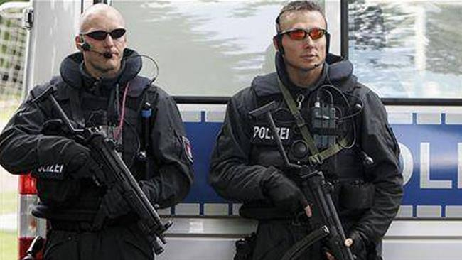 Photo of German police arrest two suspected ISIL terrorists