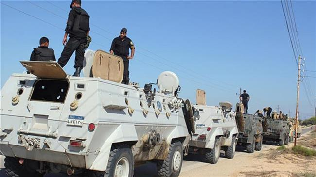 Photo of Egyptian officer killed on bomb defusing mission