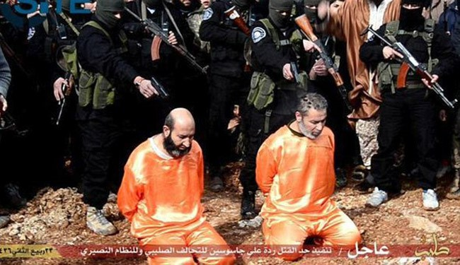 ISIS Executes 2 People, Crucifies another in Syria + Photo