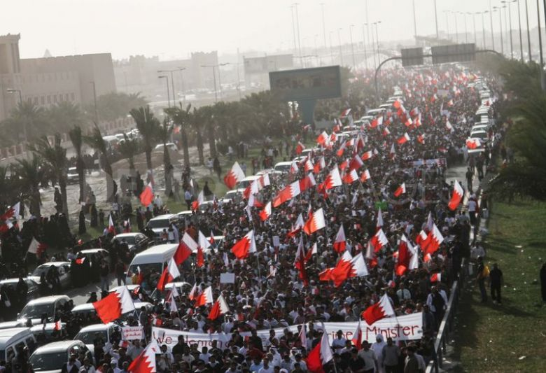1337615327-14-february-revolution-at-pearl-roundabout_1227577