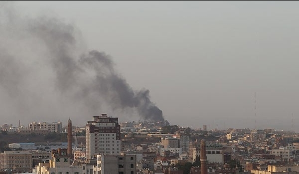 Photo of Rbid Dog zio-Saudi Warplanes Attack Yemeni Refugee Camp, Hospital