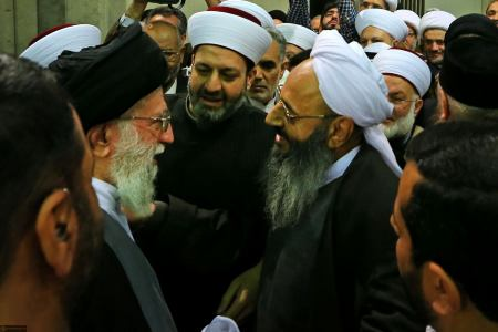 Photo of Sunni cleric condolences Imam Sayyed Ali Khamenei's sister's death