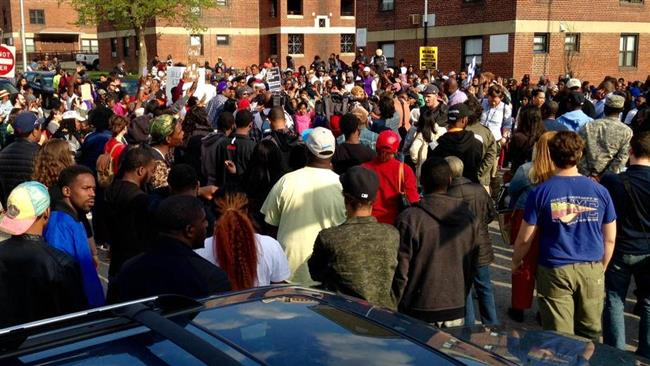 Photo of 1000s protest Gray death in Baltimore