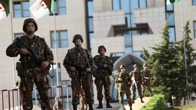Photo of Algerian troops kill 4 militants, seize arms near Algiers