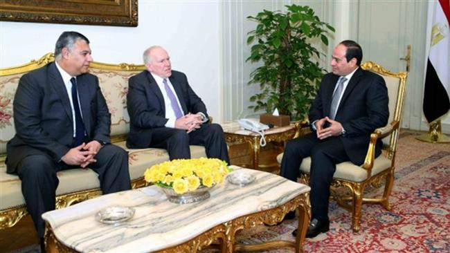 Photo of Zionist Egyptian Regime President Sisi meets with CIA chief in Cairo