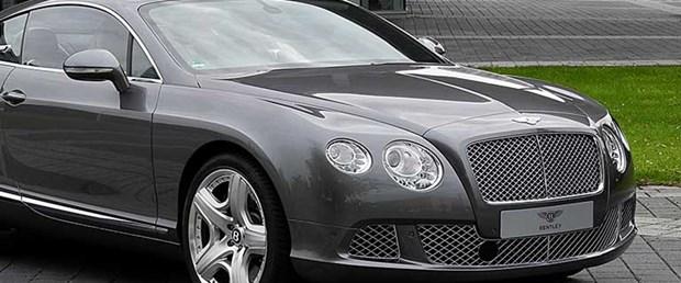 Photo of THE AWARD OF MASSACRING MUSLIM CIVILIANS IN YEMEN: Billionaire prince to give one Bentley to each Saudi pilot for striking Yemen