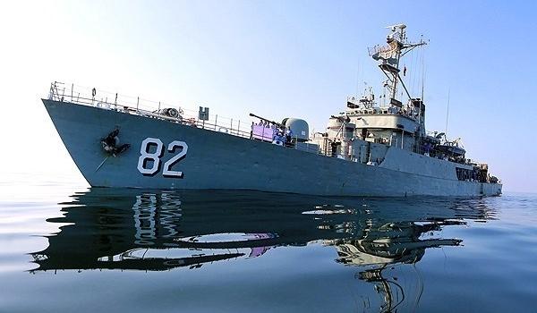 Photo of Navy Warships in Gulf of Aden Ready to Escort Iran's Aid Cargo Vessel to Yemen