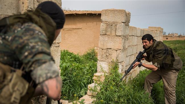 Photo of Syrian Kurds liberate two ISIL-led villages near Kobani