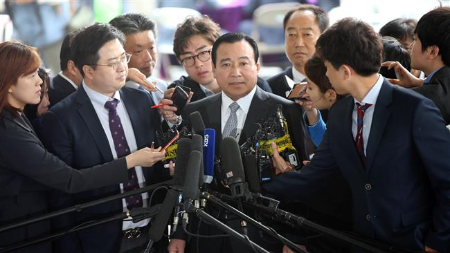 Photo of S Korean president names justice minister as new PM