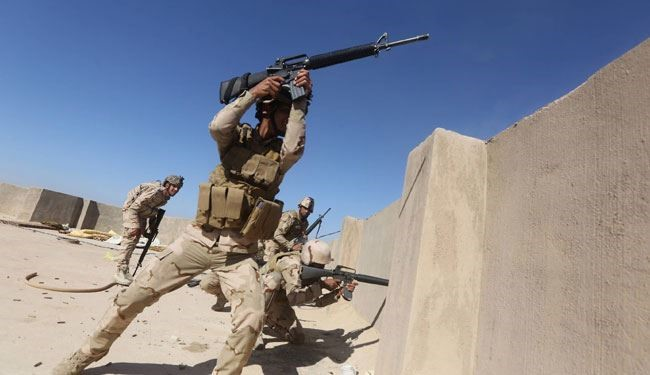Photo of Iraqi Forces Are Battling against ISIS Militants in Ramadi
