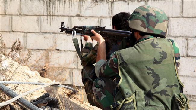 Photo of Syrian forces kill senior ISIL commander in Deir al-Zor