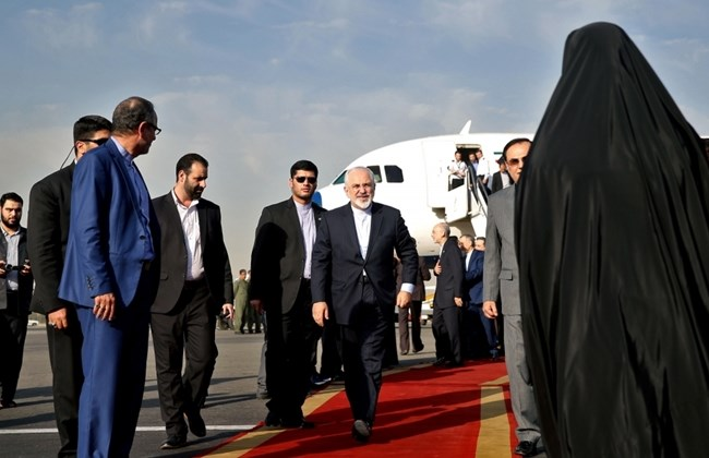 Photo of Zarif from Tehran: Deal Ends 'Manufactured Crisis'