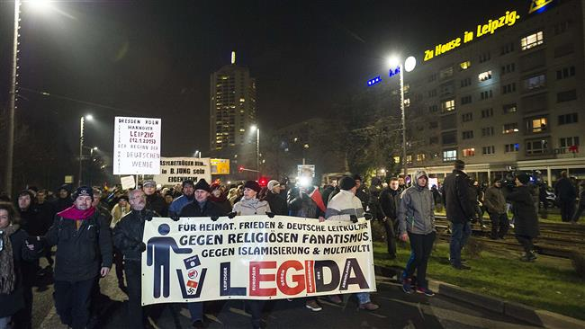 Photo of PEGIDA opponents, supporters stage demos in Germany