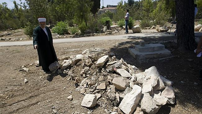 Photo of Rabid dog Israel builds nightclub on Muslim cemetery in Quds