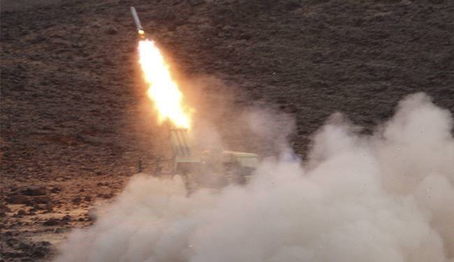 Yemeni Army Launches Missile Attack on Saudi Army Bases