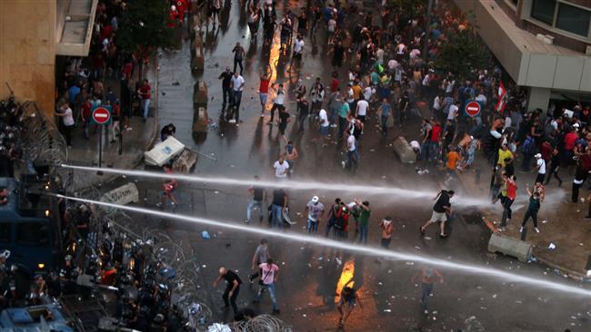 Photo of Lebanon prosecutor orders probe into trash crisis