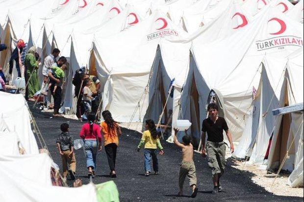 Photo of Turkey's Davutoğlu proposes EU a wall to ward off refugees