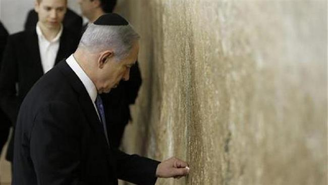 Photo of Zionist Israeli Netanyahu visits al-Aqsa Mosque compound