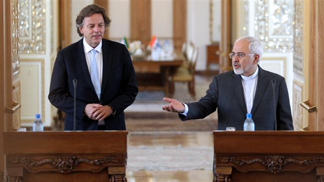 Photo of Iran government, nation do not trust US officials: FM Zarif