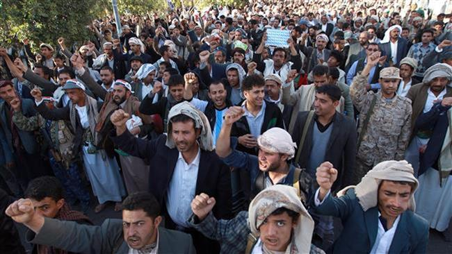 Photo of Houthi fighters release six foreign hostages