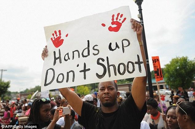 Photo of Racist police in US kill minorities with impunity: Activist