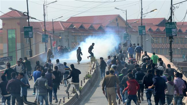 Photo of Police attack Muharram mourners in Kashmir