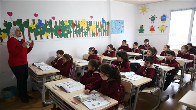Photo of 400k Syria refugee kids in Turkey out of school