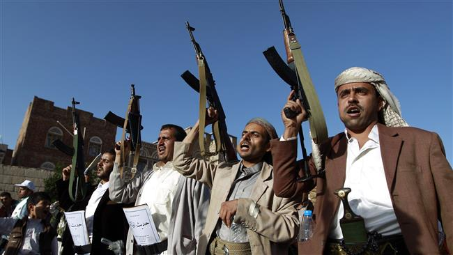Photo of Yemeni soldiers, allied forces capture southern Saudi village