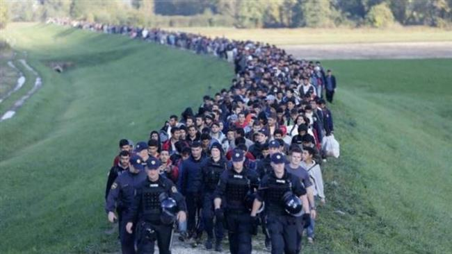 Photo of Slovenia ratifies law, gives army more powers to stop refugees