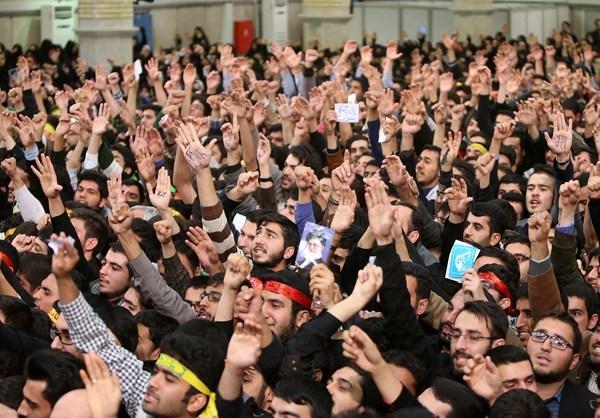 Photo of Photos- Thousands of Students Meet Leader of Ummah Imam Khamenei