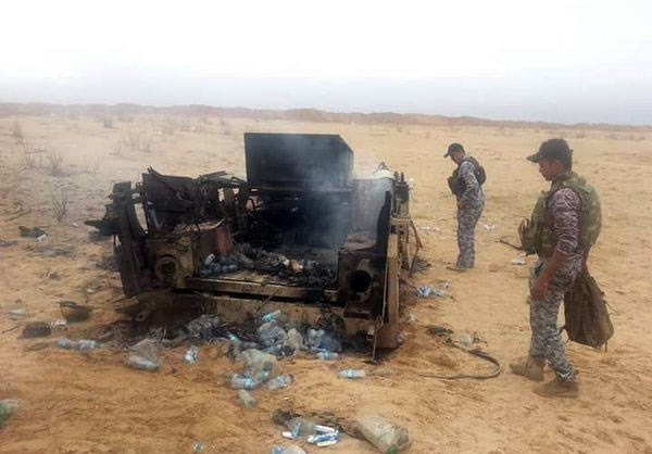 Photo of Photos- Iraqi Forces Repel ISIL Attack, Seize Their Weapons near Beiji