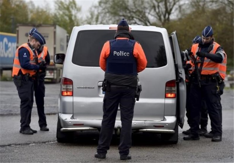Photo of Belgian Police Arrest 'Several People' Linked to Paris Attacks