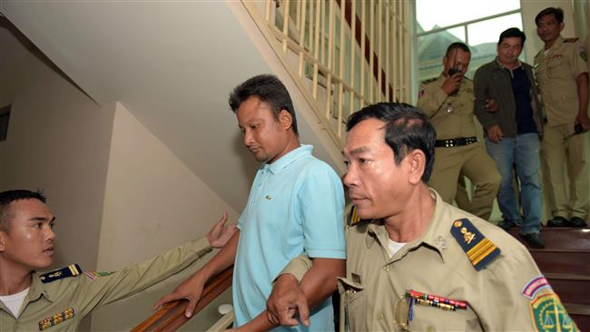 Photo of Three Cambodian soldiers confess to beating lawmakers