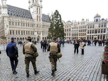 Photo of Terror Alert Shuts Brussels Metro